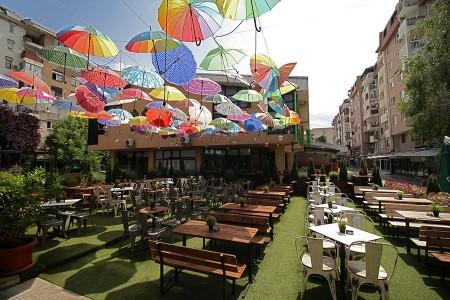 Revija Bar&Food