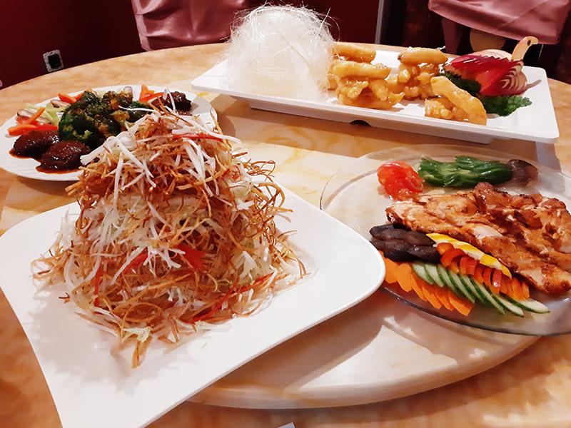 Патување до Кина и назад со врвни традиционални кинески јадења